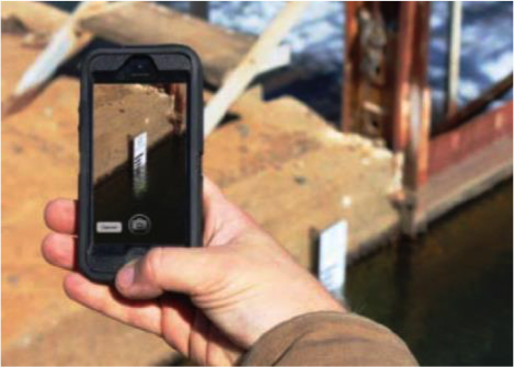 Citizen water monitoring using a smartphone