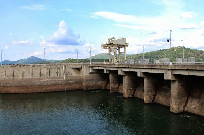 Akosombo Dam, Ghana. Photo: Camilla Zanzanaini/Bioversity International