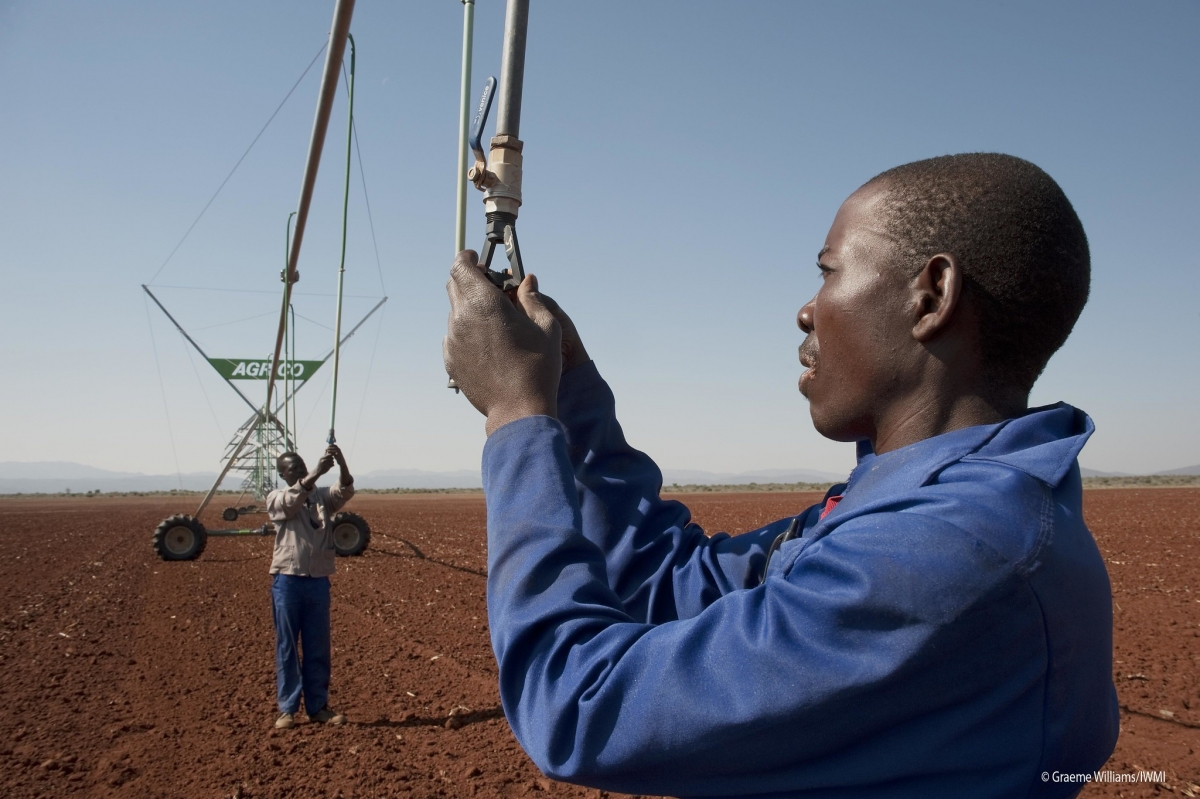 Getting ready to irrigate the fields in Strydkraal, South Africa