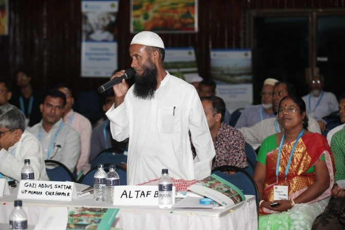 Members of coastal zone communities participate in Day 1 of the conference. Farmer Altaf Boyati from Amtali Upazila of Barguna District is speaking.