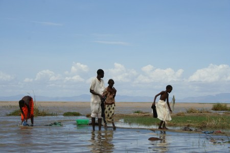 Washing clothes in Lake Turkana by International Rivers